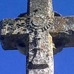 Croix avec motif